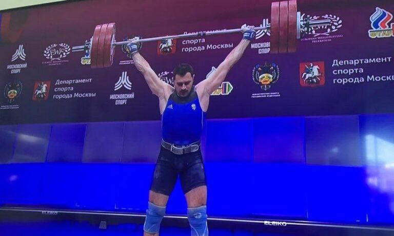 Άρση βαρών: Ένα βήμα πιο κοντά στους Ολυμπιακούς Αγώνες του Τόκιο βρίσκεται ο Θοδωρής Ιακωβίδης που διακρίθηκε στη Μόσχα.
