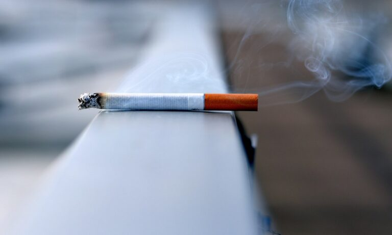 Πανελλαδική έρευνα Marc: Το κάπνισμα εκτοξεύτηκε μέσα στην πανδημία!