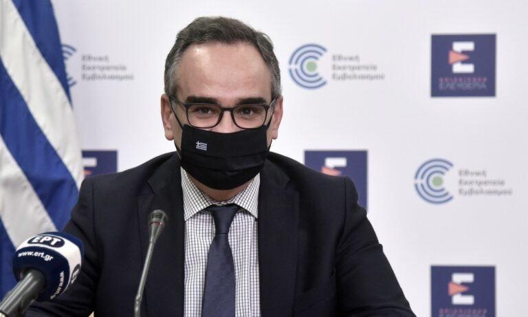 Κοντοζαμάνης: Για το ακαταδίωκτο μίλησε στην καθιερωμένη ενημέρωση για την εξέλιξη της πανδημίας την Παρασκευή ο αναπληρωτής υπουργός Υγείας.