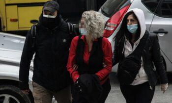 Θεσσαλονίκη: Στον εισαγγελέα η μητέρα που δεν έκανε self test στον γιο της (vid)