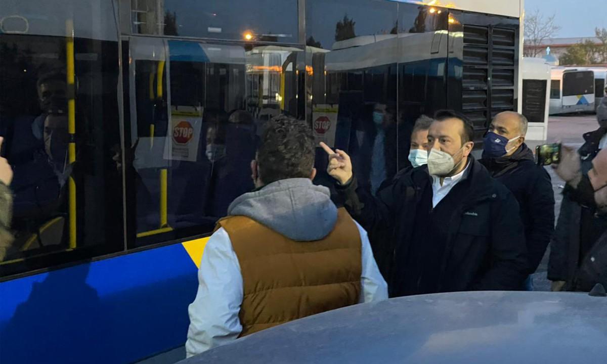 Ακινητοποιημένα με βλάβη τα 23 από τα 40 λεωφορεία που πήραμε!