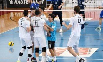 ΟΦΗ-Κηφισιά 3-0 σετ: Την τρίτη του νίκη στο πρωτάθλημα και την δεύτερη επί της Κηφισιάς πανηγύρισε ο ΟΦΗ στο Ζηρίνειο.