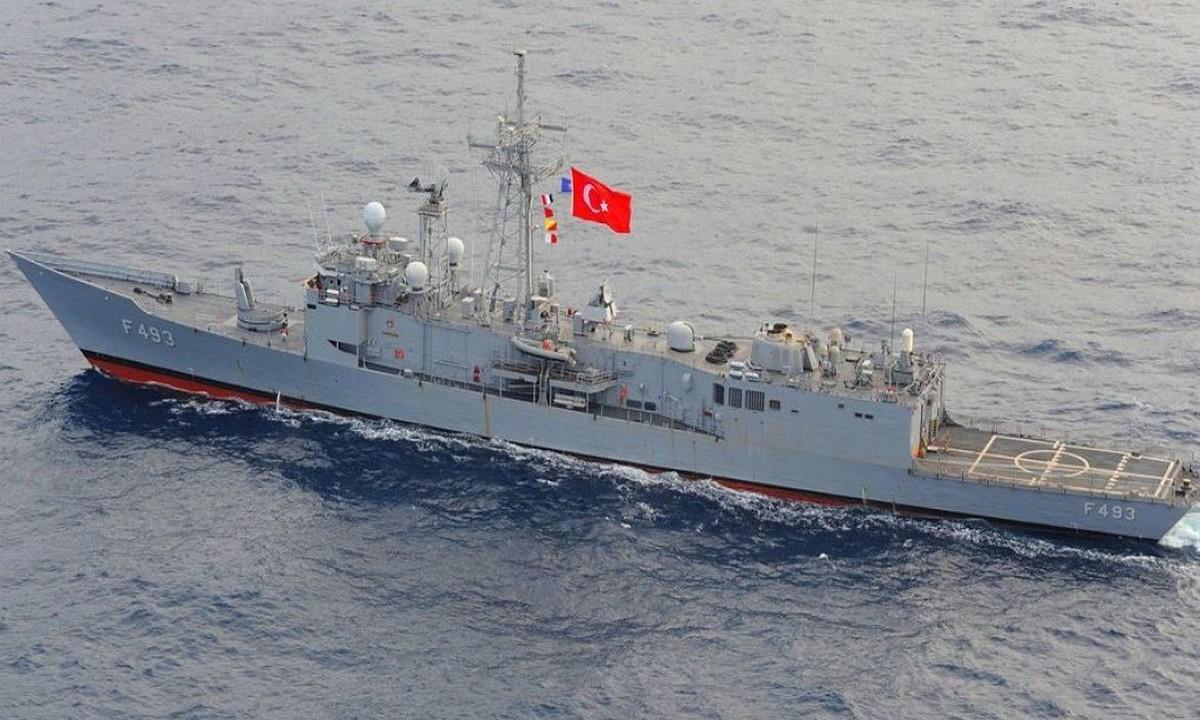 Ελληνοτουρκικά: Τουρκική φρεγάτα προσπάθησε να διώξει γαλλικό ερευνητικό πλοίο από την ελληνοαιγυπτιακή ΑΟΖ (vid)