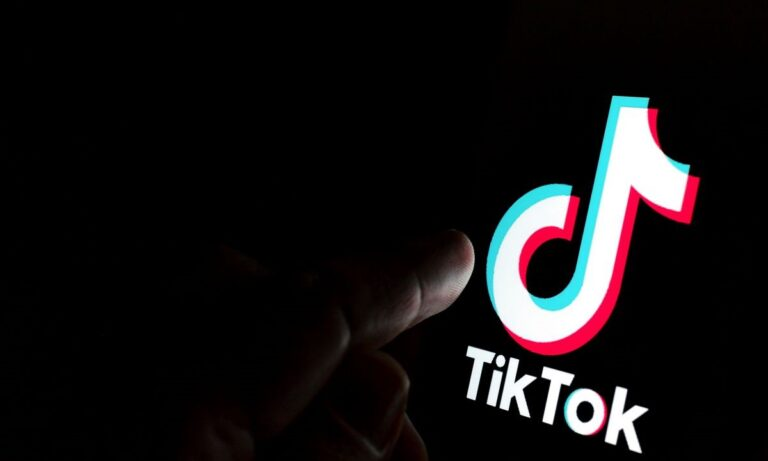 TikTok: Αγωγή μαμουθ για τα δεδομένα ανηλίκων