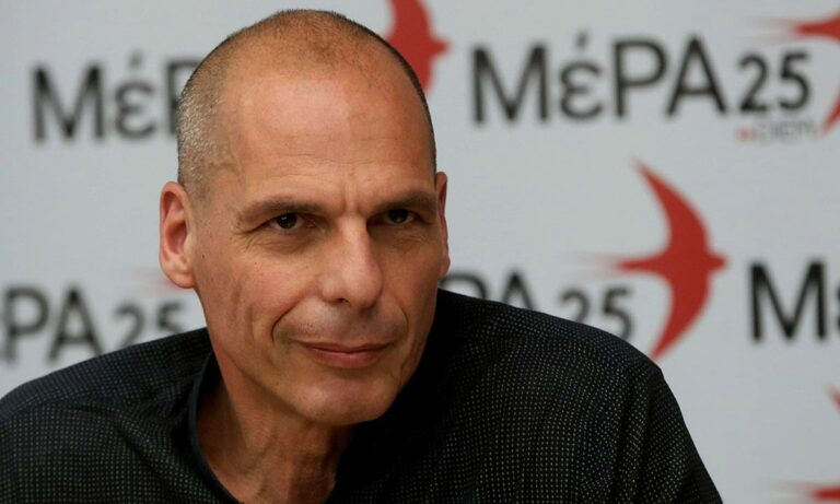 Βαρουφάκης: «Τα πλοία είναι γεμάτα, τα μέτρα έχουν χάσει την αξία τους»