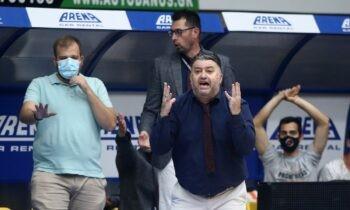 Ο Μάκης Γιατράς επεσήμανε πόσο έτοιμοι ήταν εκτός από αγωνιστικά και πνευματικά οι παίκτες του και πήραν μια μεγάλη νίκη στο Περιστέρι ισοφαρίζοντας τη σειρά σε 1-1.