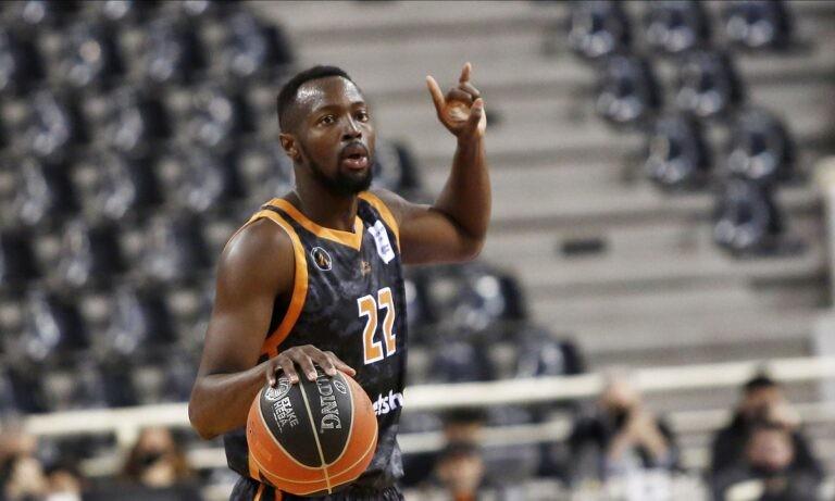 Ο Τζέριαν Γκραντ είναι από τις ατραξιόν της φετινής Basket League και σίγουρα ένας από τους καλύτερους παίκτες που αγωνίζονται στο πρωτάθλημα.