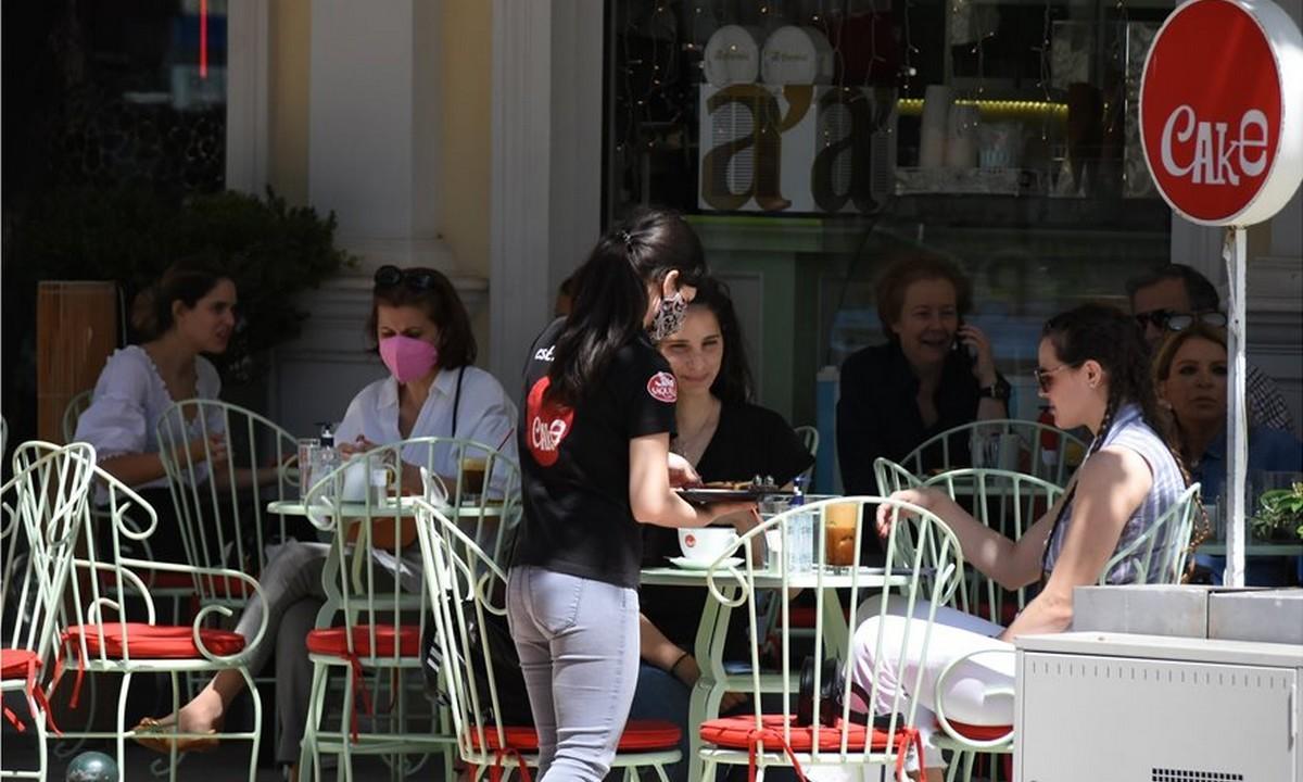 Αθήνα: Δικαίωση για την εστίαση – Γεμάτα τα τραπέζια και σήμερα (pics)