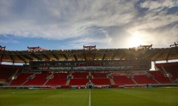 Ο Ολυμπιακός ξεκίνησε να κάνει βελτιωτικά έργα στο Καραϊσκάκη για να είναι έτοιμο για τα πρώτα επίσημα ματς της νέας σεζόν.