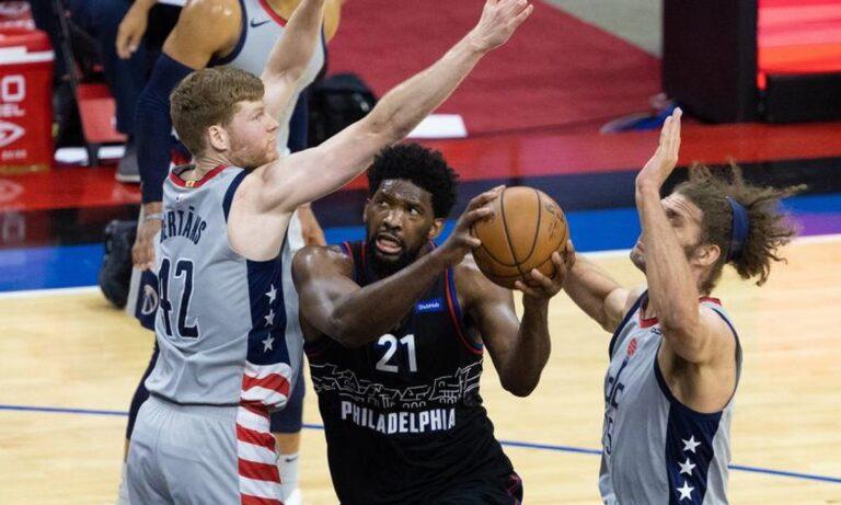 Στο NBA οι Σίξερς επικράτησαν των Γουίζαρντς, ενώ οι Τζαζ με την νίκη τους επί των Γκρίζλις πέρασαν μπροστά με 2-1.