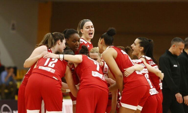 Επίθεση στην ΚΕΔ εξαπέλυσε ο Ολυμπιακός λίγες ώρες πριν από την επανάληψη του πρώτου αγώνα της σειράς των τελικών στην Α1 Γυναικών.