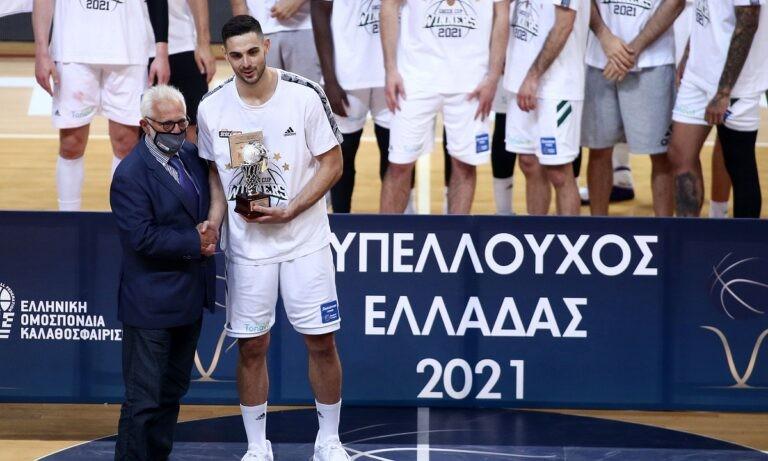 Ο MVP Παπαπέτρου μοίρασε συγχαρητήρια