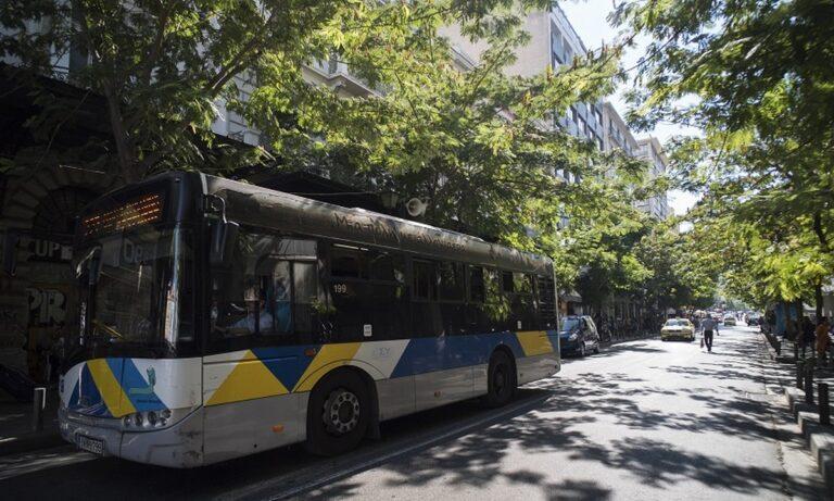 Σεξουαλική επίθεση σε 19χρονη μέσα σε λεωφορείο στο κέντρο της Αθήνας