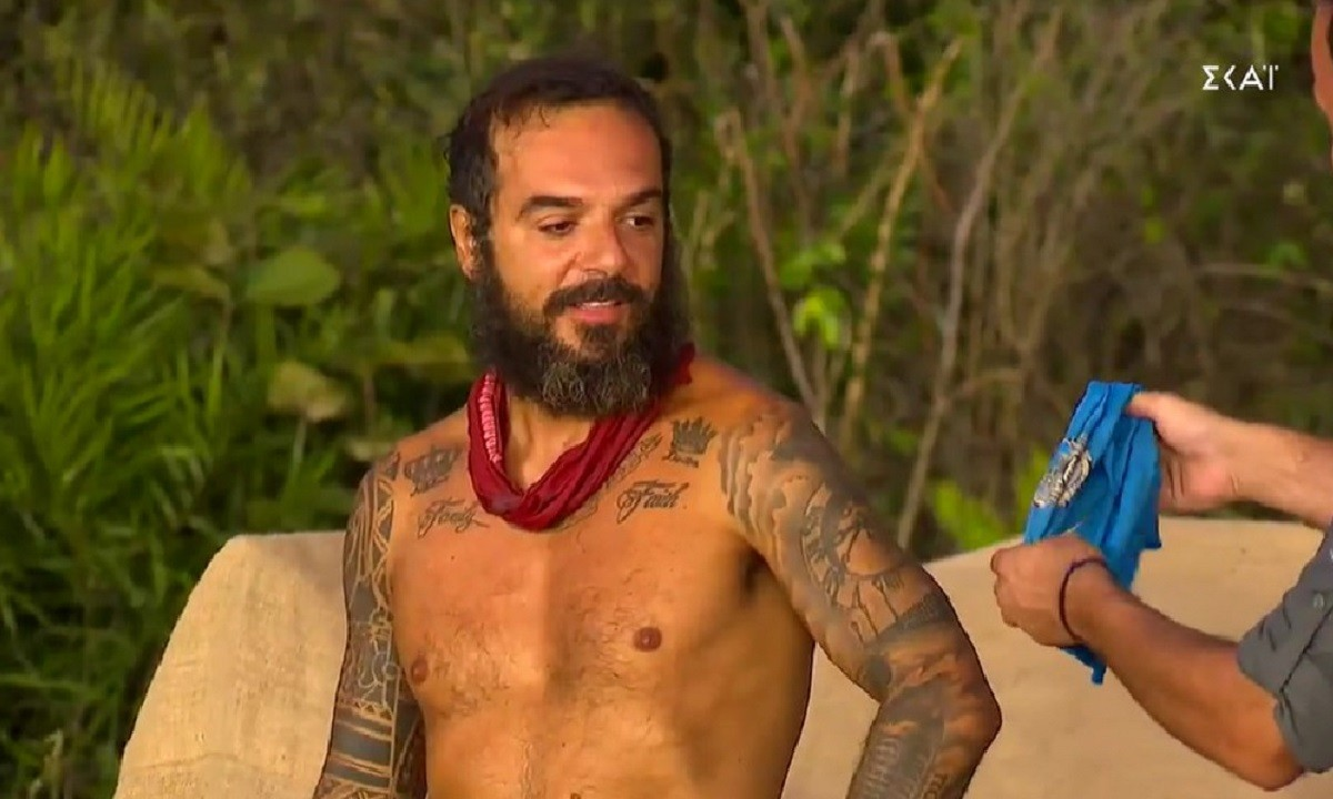 Survivor: Ο Τριαντάφυλος έγινε «μπλε» και η αντίδρασή του ήταν επική (vid)