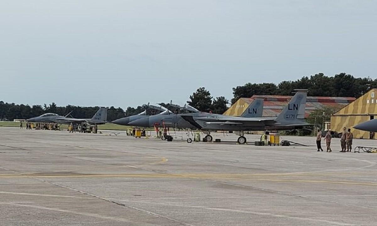 Δώδεκα αμερικανικά F-15 στην Λάρισα
