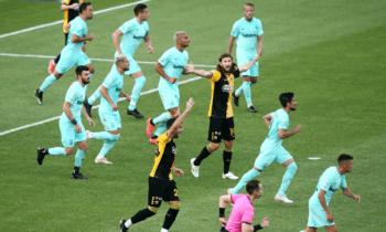 Τέσσερις φάσεις από τα ματς της 10ης αγωνιστικής των πλέι οφ και της 7ης των πλέι άουτ της Super League σχολίασε ο Μαρκ Κλάτενμπεργκ.