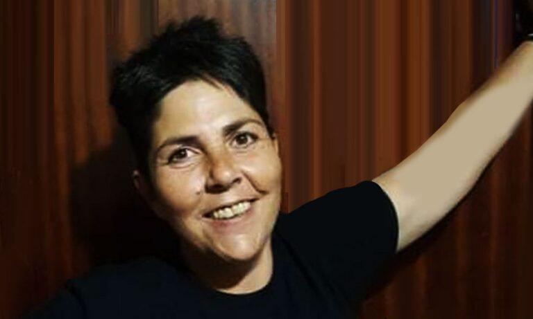 Άρης: Μία 48χρονη γυναίκα, μαχήτρια της ζωής, ονόματι Πόπη, έχει αδυναμία στον σύλλογο της Θεσσαλονίκης και δεν το κρύβει.