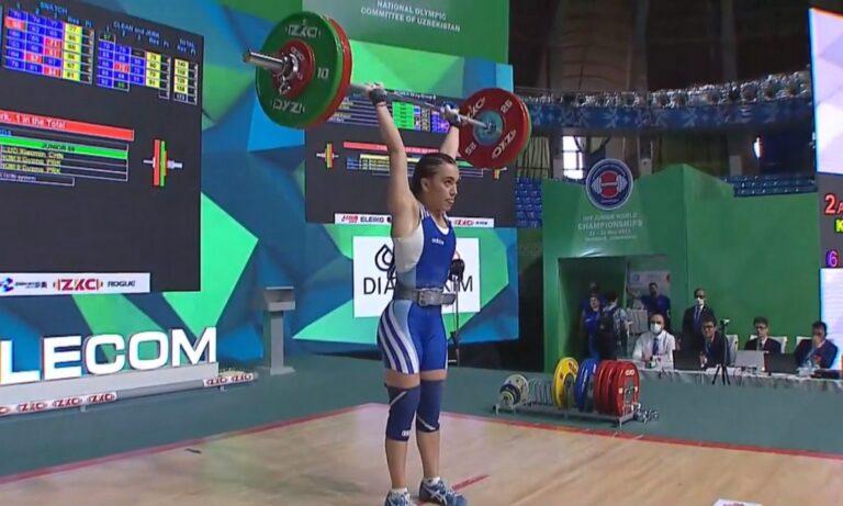 Άρση βαρών: Σπουδαία εμφάνιση που συνδυάστηκε με δύο Πανελλήνια ρεκόρ πραγματοποίησε η Μαρία Καρδαρά στο Παγκόσμιο Πρωτάθλημα Νεανίδων.