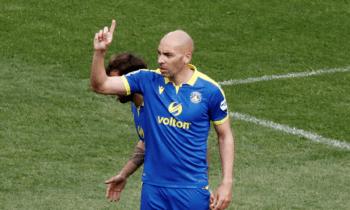 Μπαράλες: Ο Αργεντίνος επιθετικός προτάθηκε στην βραζιλιάνικη ομάδα, αλλά απορρίφθηκε, λόγω ηλικίας.