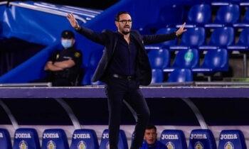Η ΑΕΚ ψάχνει προπονητή για την επόμενη αγωνιστική περίοδο, μιλά με τον Σεργκέι Ρεμπρόφ, ενώ πάντα κοιτά έντονα και την ισπανική αγορά.
