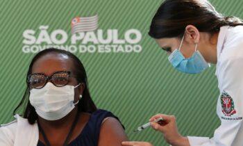 Βραζιλία: Μεγάλες καθυστερήσεις στους εμβολιασμούς στις πρωτεύουσες επτά πολιτειών της χώρας, όπως στο Μπέλο Οριζόντε και το Πόρτο Αλέγκρε.