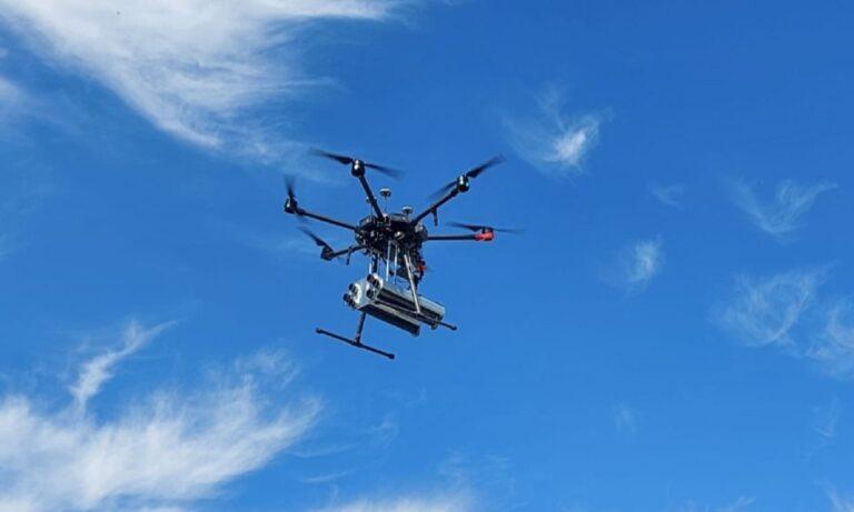 Τουρκία: Οπλίζει τα drone της με μίνι ρουκέτες της Troy Teknoloji Savunma, ενάντια σε ελαφρά θωρακισμένα οχήματα και κτίρια.