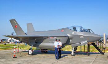 Τουρκία: Μπαίνουμε ξανά στο πρόγραμμα των F-35 μόνο αν μας δώσουν πλήρη πρόσβαση στο λογισμικό τους, υποστηρίζουν.