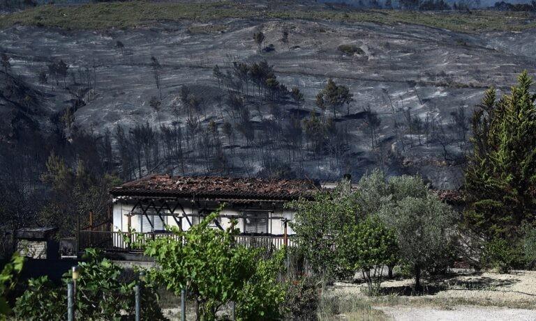 Φωτιά Κορινθία – Χαρδαλιάς: «Κάηκαν πάνω από 40.000 στρέμματα δάσους – Καταστροφές σε σπίτια»