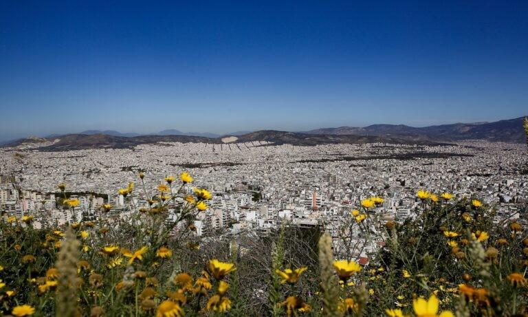 Καιρός: Άνοδος θερμοκρασίας στον «δρόμο» για το καλοκαίρι