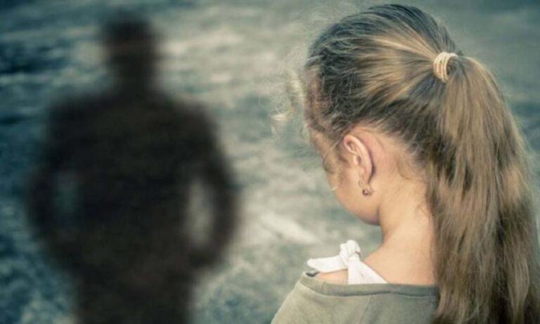 Φρίκη: 6χρονη κλαίει με λυγμούς όταν υποχρεώνεται να συναντήσει τον κακοποιητικό πατέρας της (vid)