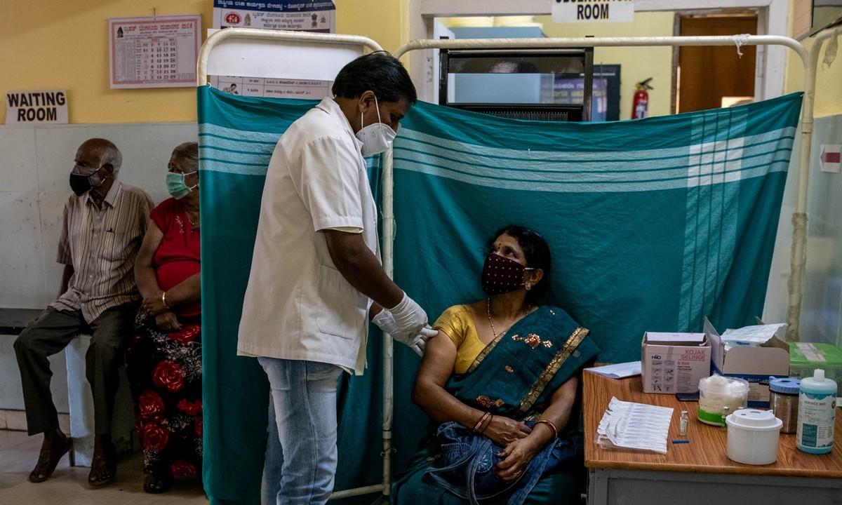 ΠΟΥ: Έκκληση στις πλούσιες χώρες να συνεισφέρουν εμβόλια για τις φτωχότερες