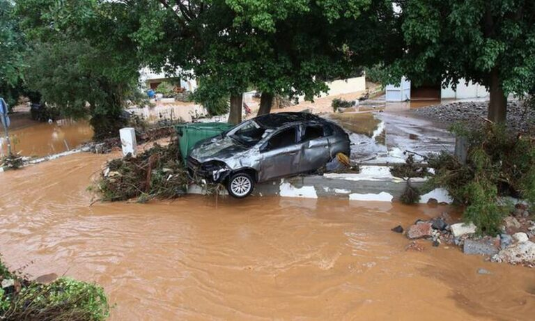 Ελλάδα-SOS: Αυτές οι περιοχές κινδυνεύουν για ξηρασίες και πλημμύρες