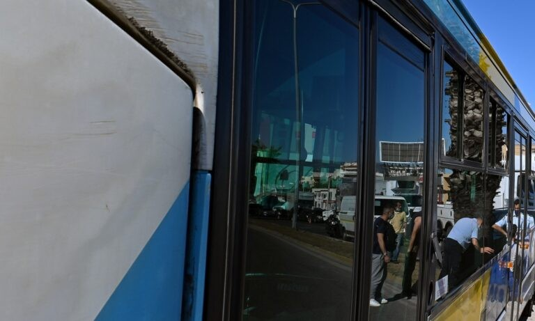Αθήνα: Νέα καταγγελία για άνδρα που αυνανίστηκε σε λεωφορείο