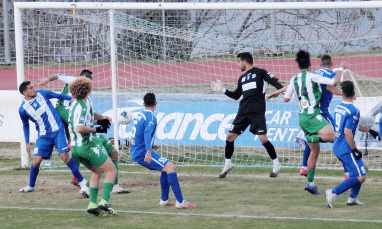 Λεβαδειακός – Χανιά: Η μπάλα «ζωντάνεψε» στα χέρια του τερματοφύλακα και 1-0! (vid)