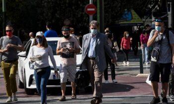 Lockdown: Η κυβερνητική εκπρόσωπος, Αριστοτελία Πελώνη ανακοίνωσε επίσημα πως την Τετάρτη θα γνωστοποιηθεί η απόφαση της κυβέρνησης