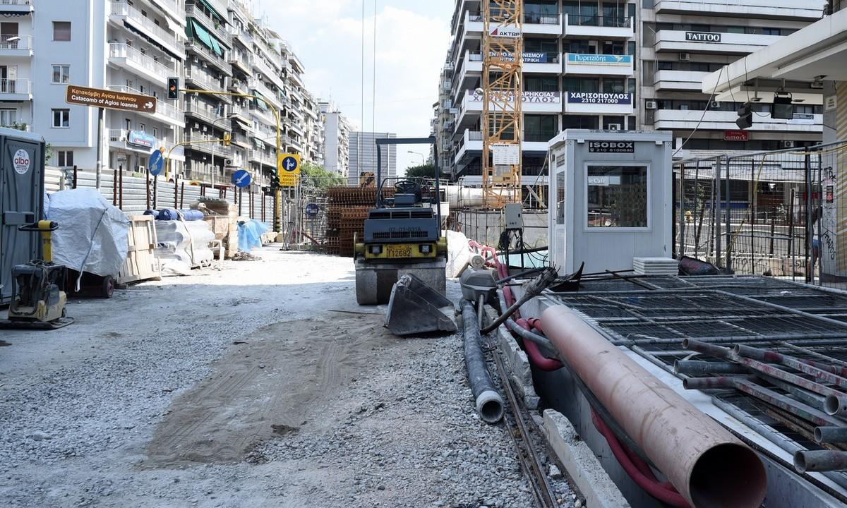 Μετρό Θεσσαλονίκης: Τέλη καλοκαιριού η άφιξη και των 18 συρμών της βασικής γραμμής
