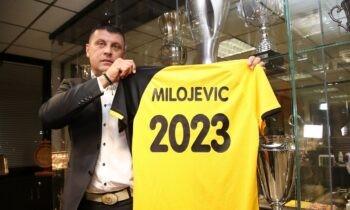 Ο Βλάνταν Μιλόγεβιτς σήμερα το μεσημέρι είχε την πρώτη του γνωριμία με τους δημοσιογράφους που καλύπτουν το ρεπορτάζ της ΑΕΚ.