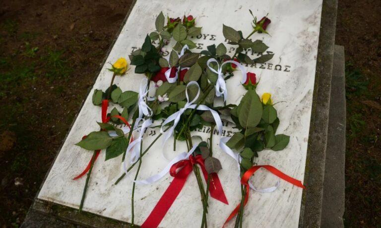 Εργατική Πρωτομαγιά – ΚΚΕ, ΚΝΕ: Κατάθεση στεφάνων και ενός λεπτού σιγής στο Σκοπευτήριο της Καισαριανής