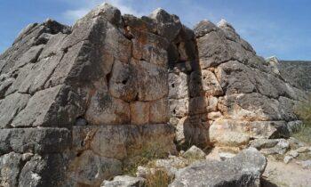 Οι άγνωστες πυραμίδες της Ελλάδας - Που βρίσκονται