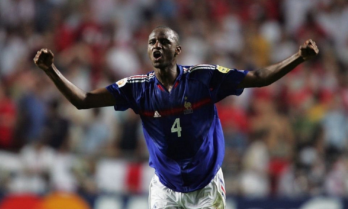 Euro 2020: Όταν ο Βιεϊρά έκανε μπούλινγκ σε Σκοουλς, Τζέραρντ και Λαμπάρντ το 2004