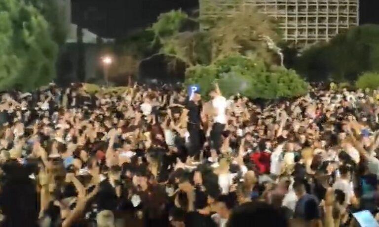 Έπος: Πάνω από 3000 άτομα σε πάρτι στο ΑΠΘ! (videos)