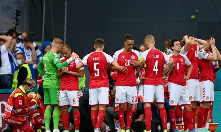 Euro 2020: Το χειροκρότημα των Φινλανδών στους παίκτες της Δανίας που επέστρεψαν στο γήπεδο (pic)