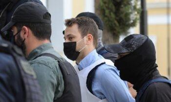 Έγκλημα στα Γλυκά Νερά: Σύμφωνα με πληροφορίες ο Μπάμπης Αναγνωστόπουλος κατά τη διάρκεια της παραμονής του στη ΓΑΔΑ, δεν έδειξε ιδιαίτερα στοιχεία μεταμέλειας.