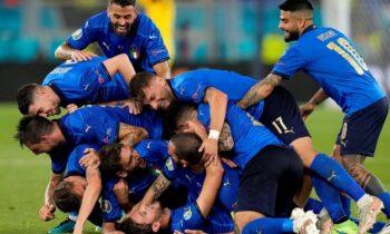 Η Ιταλία με τη δεύτερη επιβλητική νίκη της στον όμιλο απέναντι στην Ελβετία με 3-0 προκρίθηκε στους «16» του Euro 2020 και έγραψε ιστορία.