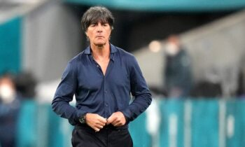 Ο Γιόαχιμ Λεβ αποχωρεί από την εθνική Γερμανίας άδοξα, ταπεινωμένα. Αποκλεισμός από την Αγγλία, στους «16» του Euro 2020. Επώδυνο. Πολύ.