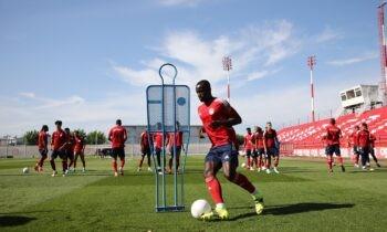 Ο Ολυμπιακός ξεκίνησε την προετοιμασία του και από την πρώτη μέρα η μπάλα έχει την τιμητική της, κάτι που είναι χαρακτηριστικό στις προετοιμασίες που κάνει ο Μαρτίνς.