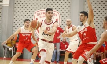 Μια ανάσα από την άνοδο στην Basket League βρίσκεται ο Ολυμπιακός που θα διεκδικήσει το δεύτερο εισιτήριο κόντρα στο Μαρούσι, έχοντας όμως μεγάλο πλεονέκτημα.