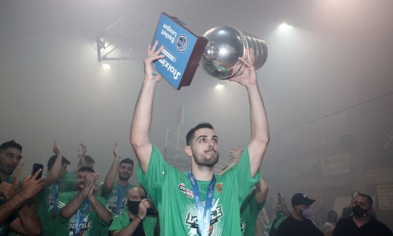 Ο Ιωάννης Παπαπέτρου ετοιμάζεται για την 4η σεζόν του στον Παναθηναϊκό και το Sportime ξεχωρίζει μερικές σημαντικές στιγμές στην καριέρα του.