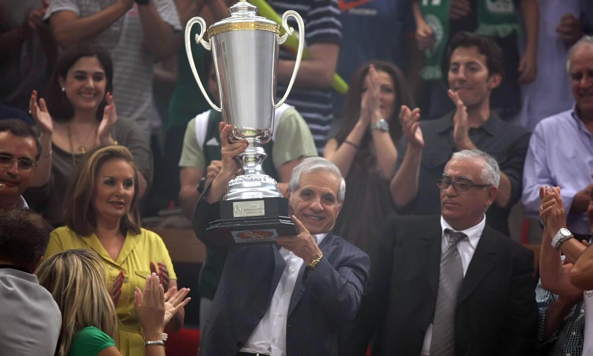 Παύλος Γιαννακόπουλος: Ο ηγέτης… αποχαιρέτησε