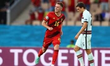 Το γκολ του Τοργκάν Αζάρ έστειλε το Βέλγιο στα προημιτελικά του Euro 2020 αντί της Πορτογαλίας και θύμισε πως υπάρχουν... δύο Αζάρ!